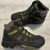 Отличные ботиночки 29 размер стелька 18 см