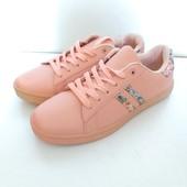 Модные кеды-кросовки из качество супер. Размер ,39