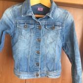 Куртка, пиджак джинсовий р. 8-9 лет 134 см, F&F. состояние отличное