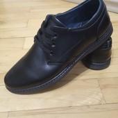 повністю шкіряне взуття прошите 40-44 р шт/інші моделі в моїх лотах!