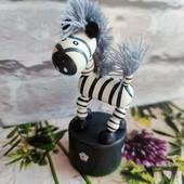 Фигурка, игрушка зебра-дергунчик