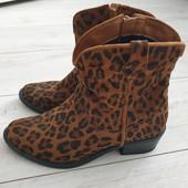 Ботиночки модный принт ,замша 38р.Tamaris