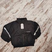 Крутая куртка ветровка на весну, р120 6-7лет