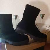 Распродажа!Зимние ботинки из натуральной замши,размер 40.
