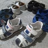 босоножки туфли мокасины пинетки кроксы кроссовки на мальчика от 6 месяцев до 1,5 года