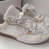 Жіночі літні  кросівки 40 р