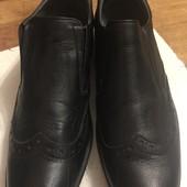 Классные туфли для мальчика. 37р