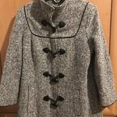 Демісезонне пальто розмір 40 євро або С-М