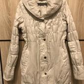 Демісезонна куртка від Mohito розмір 34 або S, можна дівчинці на 13-15 р. В ідеальному стані