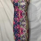 Плотненькое стрейчевое узкое платье,Бразилия,s/m
