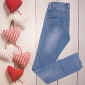 Стильные джинсы скинни Турция р.28, очень стройнят, в идеальном состоянии!