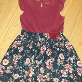 Очень красивое нарядное платье на 4-5лет замеры на фото