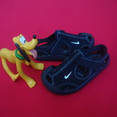 Сандалии Nike оригинал 23 разм 14 cm