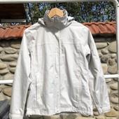 Фирменная качественная мембранная куртка.как новая