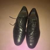Чёрные туфли из мягкой натуральной кожи Италия Длина стельки 28,5 см.