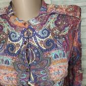"""Очень красивая рубашка с """"погонами"""" пуговками на груди как новая"""