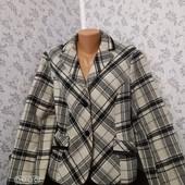 Женское пальто .Размер 54