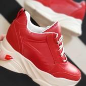 Красные Сникерсы кроссовки на весну, размеры 36,38,39,40!!