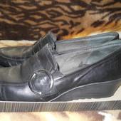 Туфли на танкетке Сaprise,натуральная кожа, 41 размер,стелька 27 см