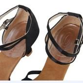 Гелевые подушечки для обуви под пятку