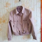 Куртка. фирма качество. размер 44-46. (моя, не секонд). Состояние отличное.