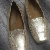 Золотистые летние туфли лоферы из натуральной кожи