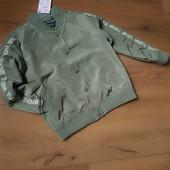 Куртка ветровка reserved для девочки 5-6 и 6-7 лет