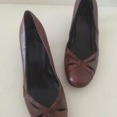 Стильные туфли из натуральной кожи Faith Connexion