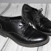 ботинки броги эко кожа, крепкие! смотрятся стильно очень