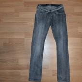 Фирменные джинсы 146-152р.