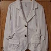 Стильный пиджак стрейч-коттон для пышненьких