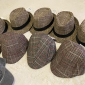 Стильні весняні шляпки,унісекс,р 56. В лотах є інші