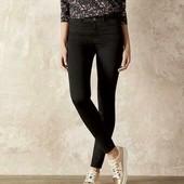 Черные стильные джинсы от Esmara р.40 евро