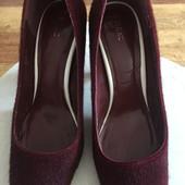 Шикарные туфли на 25см.