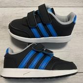Кроссовки Adidas оригинал 22 размер стелька 14 см .