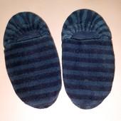 Мягкие домашние комнатные Темно синие тапочки в полоску для мальчика стелька 23- 23,5