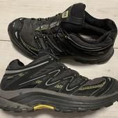 Отличные кроссовки Salomon 36 размер стелька 23 см ( на бирке 22,5 см )