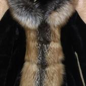 Очень красивая шуба мутон+лиса натуральная 46-48