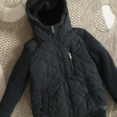 Класна зимова куртка обманка на 7-8 років зріст 122-128