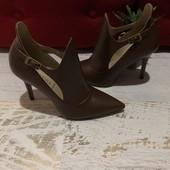Туфлі із натуральної шкіри,від San Marina,розмір 39