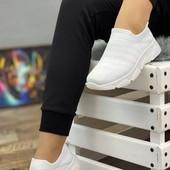 р.38 на ножку 24,5см летние белые кроссовки женские