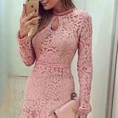 очень красивое кружевное платье рр м