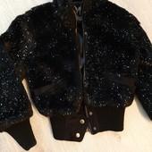 Нарядная меховая курточка для девочки
