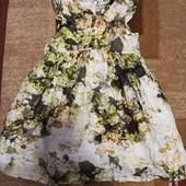 Пышное платье на 4-5 лет в идеальном состоянии