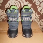 Geox ботиночки.р.р.26.стелька 17.3 см.в хорошем состоянии.Оригинал!