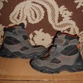 Elefanten кожа(замшевые)ботинки.р.р.28.стелька 17,5 см.в отличном состоянии.Оригинал!