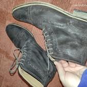 Шикарные замшевые, с выделкой, ботинки Topman 45р
