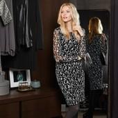 ☘ Витончене жіночне плаття з чорно-білим принтом від Tchibo (Німеччина), розмір наш: 46-48 (40 євро)