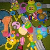 лот фирменных игрушек развивающие