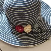 Новая шляпа с широкими полями 56-58 и цветочками.